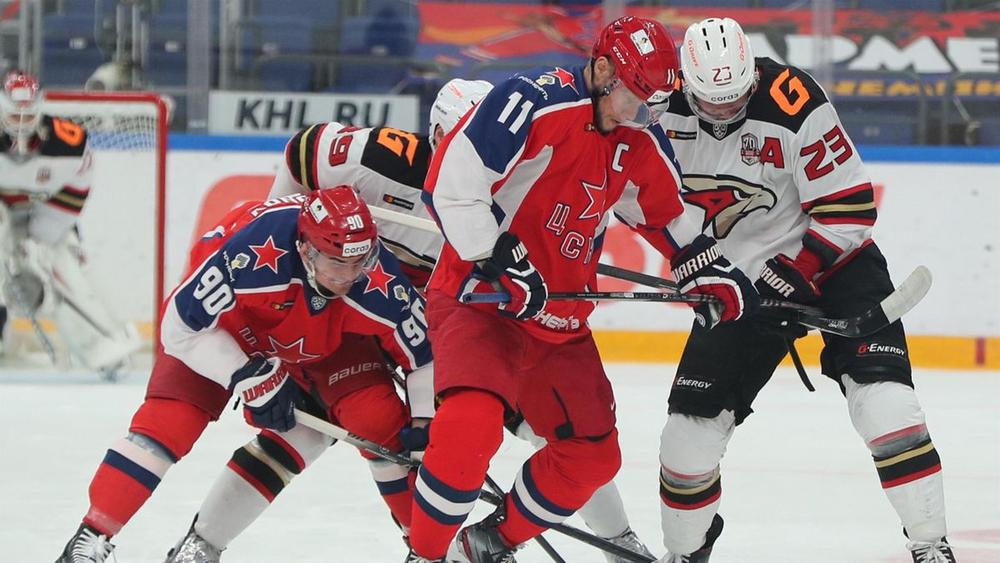 ЦСКА неожиданно легко отдал победу сопернику в первом матче финала