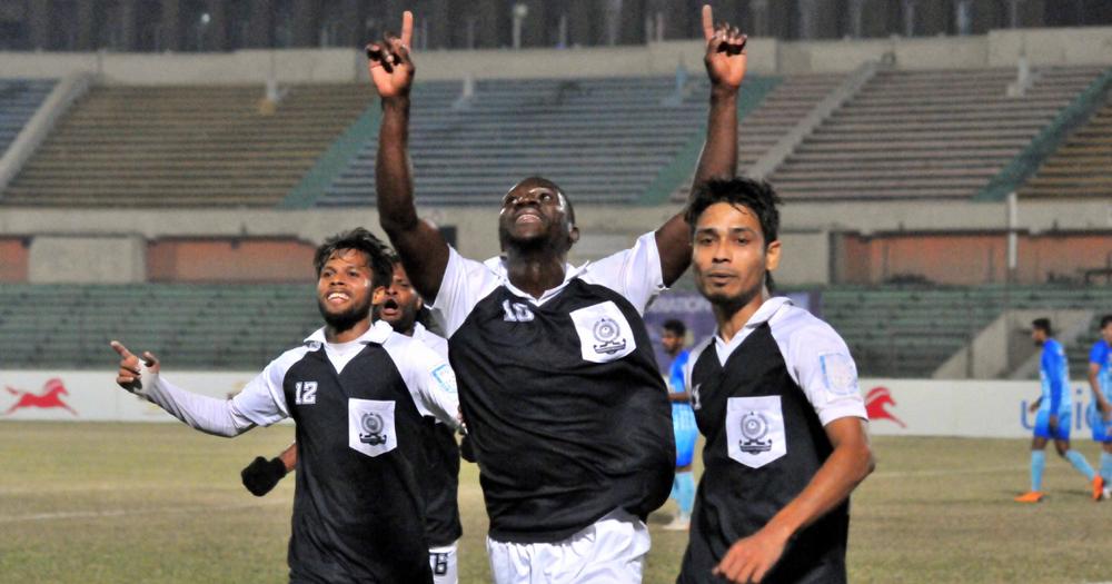 Сулейман Диабате в текущем сезоне забил за «Дакку» 11 голов в 15 матчах. Лидерами снайперской гонки являются два футболиста «Кингс»