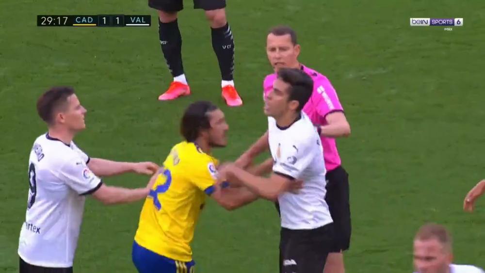 Конфликт в матче «Кадис» — «Валенсия»